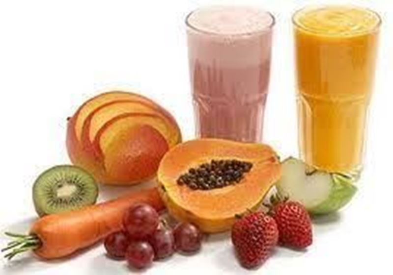 Vitamina mista com suco de   laranja