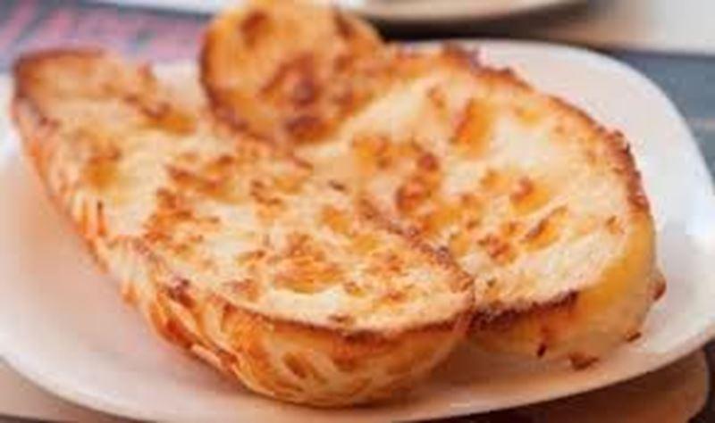 Pão canoa c/ manteiga na chapa
